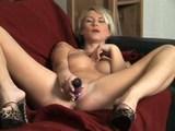 Masturbací zakončenej striptýzek - freevideo