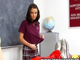 Školačka se poddá učitelovi - freevideo