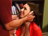 Sexy mamina z kanceláře má chuť na šukačku - freevideo