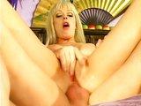 Anální jízda s nadrženou blond šlapkou - freevideo