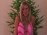 Kuřba od chlípné blondýnky - freevideo