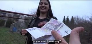 Rychlý prachy odhalí další českou couru - freevideo