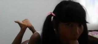 Černá teenka přeblafne a ojezdí tajemného šťastlivce - freevideo