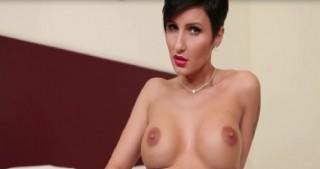 Starší a mladá lesbická porno