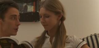 Nemravná školačka miluje tvrdé čuráky - freevideo