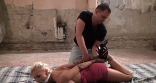 Svázaná otrokyně v plné moci dominanta - freevideo