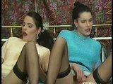Chlupatý německý dvojčata a dva penisy - freevideo