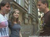 Mladá češka šuká pro peníze před přítelem - freevideo
