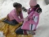 Zimní radovánky českých lesbiček - freevideo